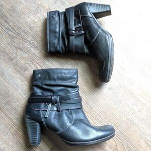 Pikolinos 37 (6-6.5 US) Black Ankle Boots